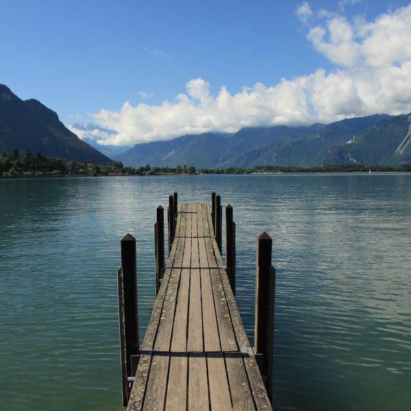 Roadtrippen langs het Meer van Genève in Zwitserland