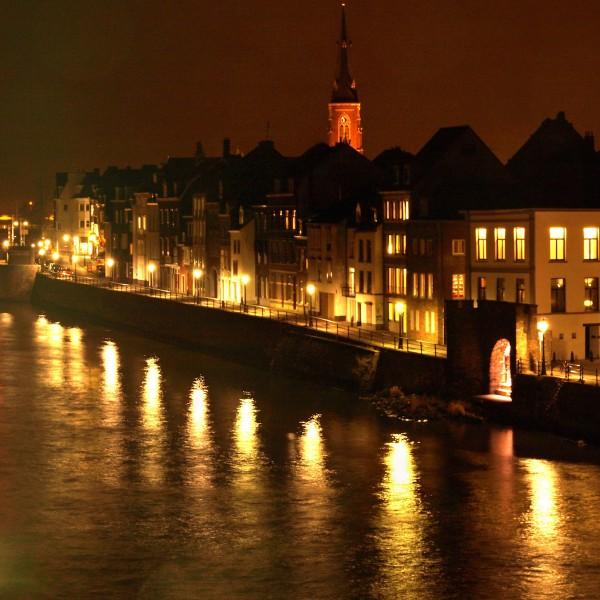 Struinen over marktjes én wintersporten: kerst in Maastricht