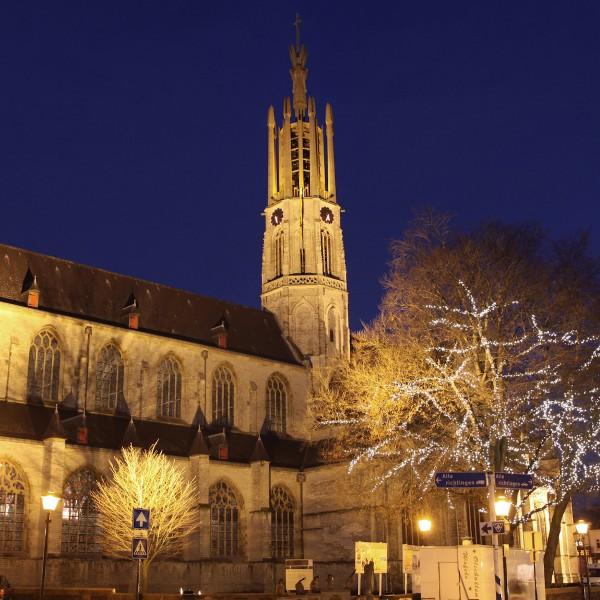Weg in Nederland: historische vestingstad Hulst