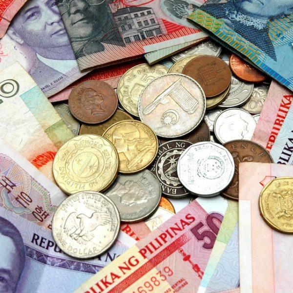 Slim reizen: contant geld op zak