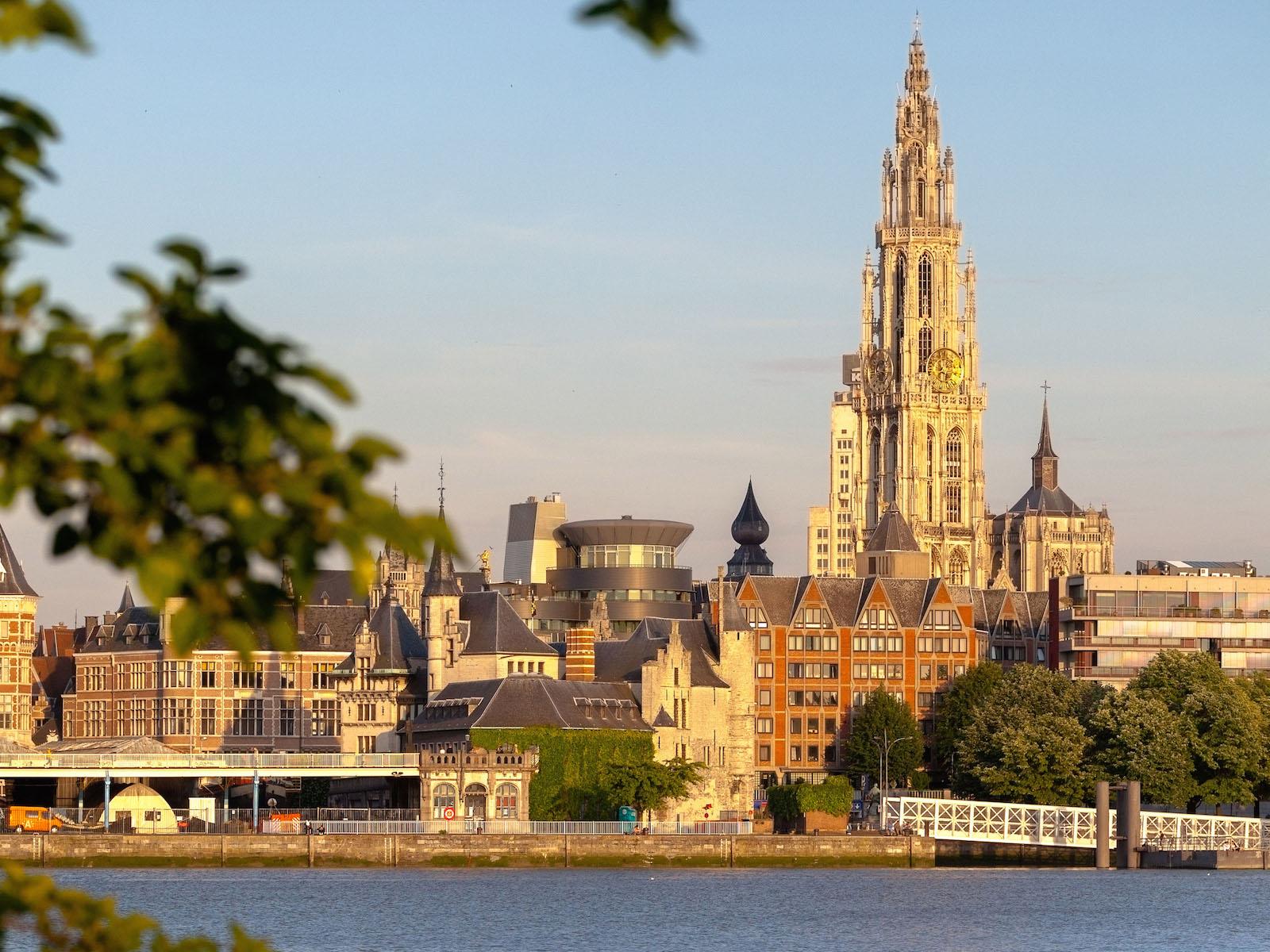 Antwerp Belgium  City pictures : Chillen aan het strand in Antwerpen