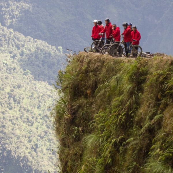 Mountainbiken op de Death Road in Bolivia