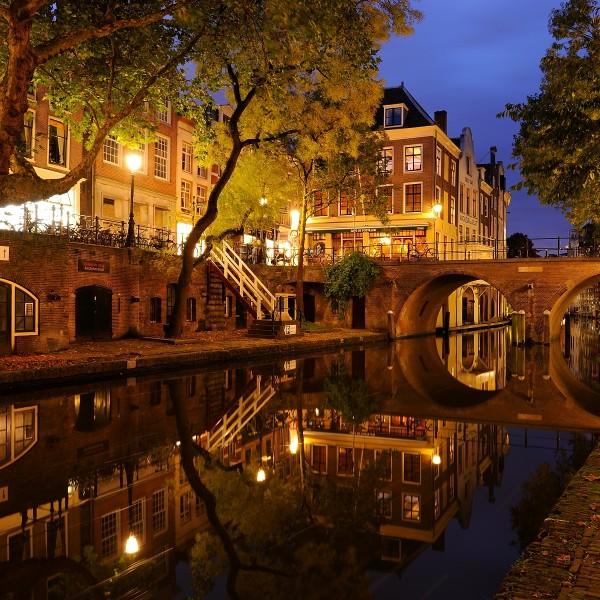 In beeld: de magie van de schemering in Donker Utrecht
