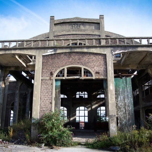 Urban exploring | De littekens van Charleroi