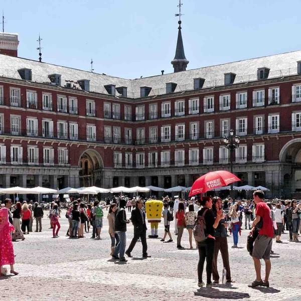 Stedentrippen onder de Spaanse sol in Madrid