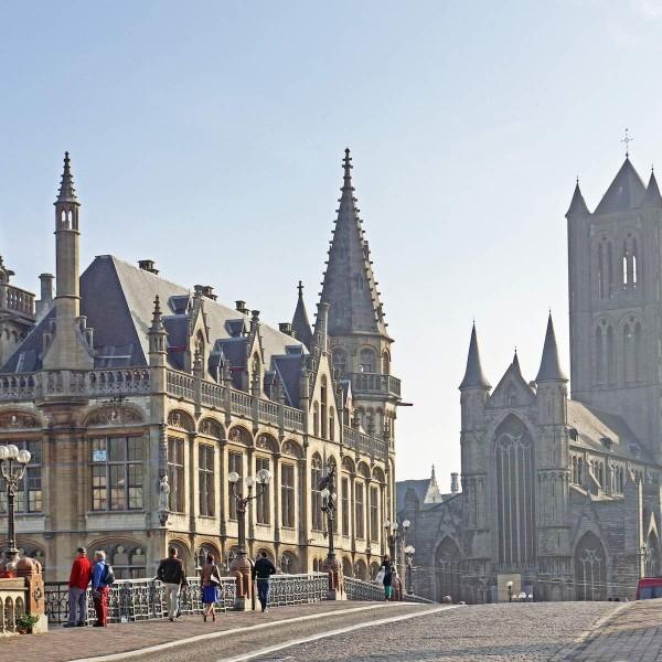 Fietsen langs artistieke hotspots in Gent