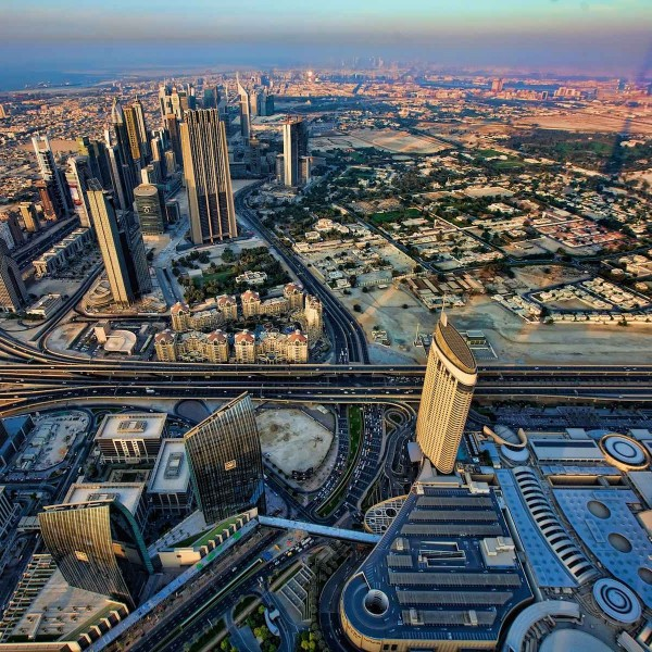 East meets west in duizelingwekkend Dubai