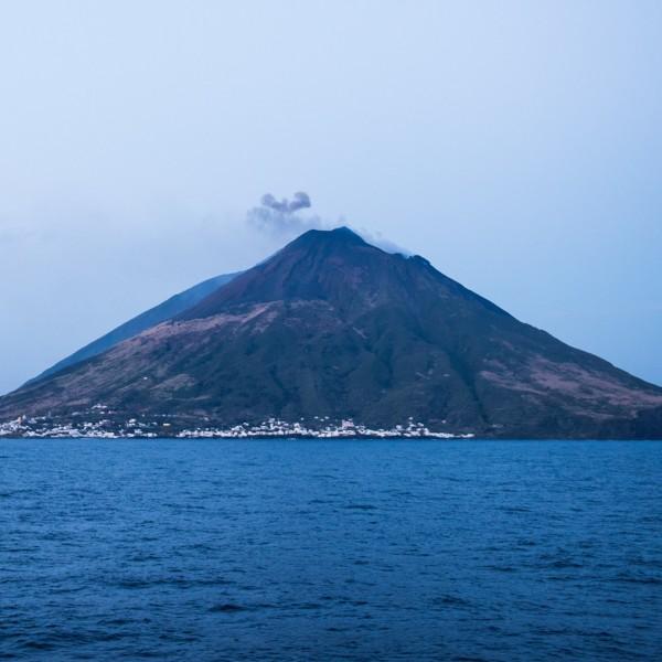 In beeld: Leven in afzondering en natuurgeweld op Stromboli