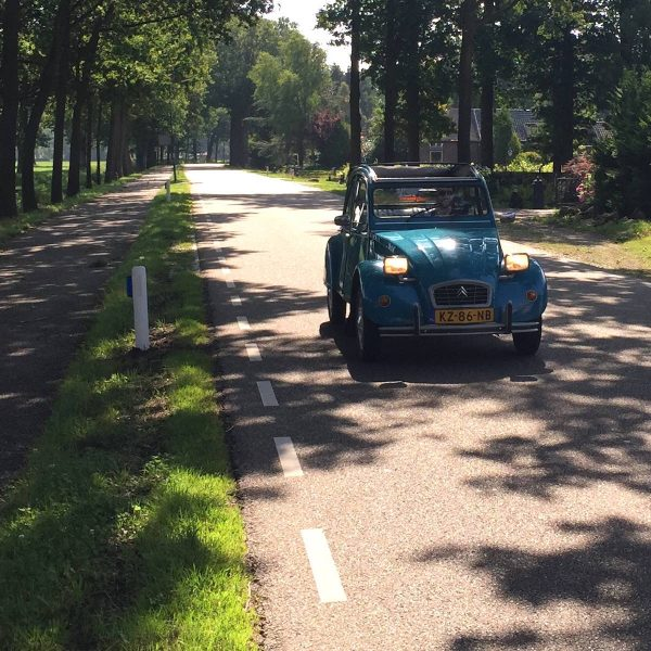 Vintage roadtrip: slow travel door Nederland
