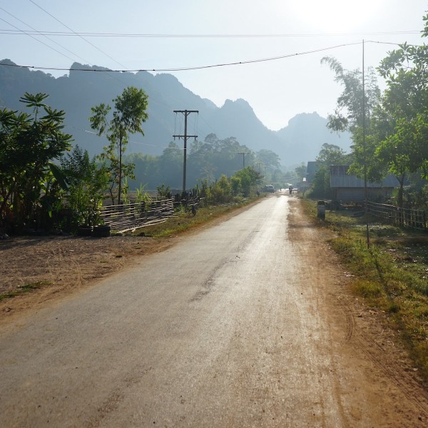 Backpacken in Laos: de Thakhek Loop per scooter