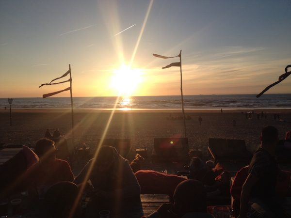 10 x de leukste strandtenten in scheveningen for Beste strandtent scheveningen