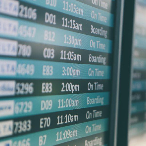 Vlucht vertraagd? Dit zijn je rechten als reiziger!