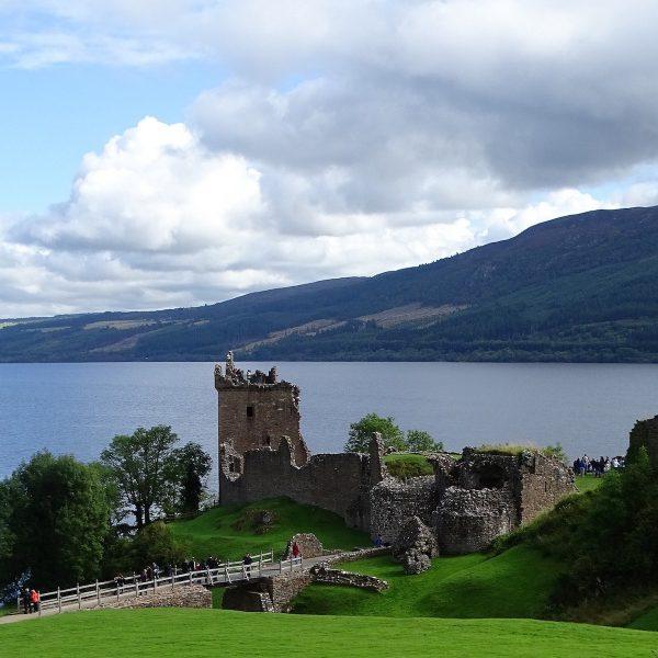 Op zoek naar Nessie: een mysterieus bezoek aan Loch Ness in Schotland