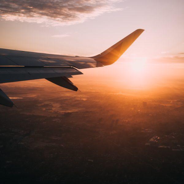 Nooit meer te veel betalen voor je vliegticket? Zó kan je voortaan goedkoop vliegen!