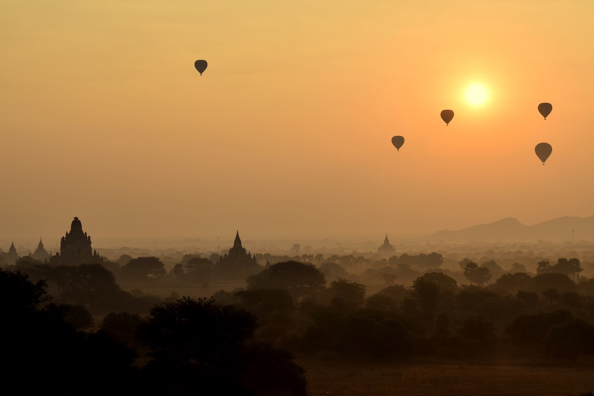 zonsopkomst in Bagan