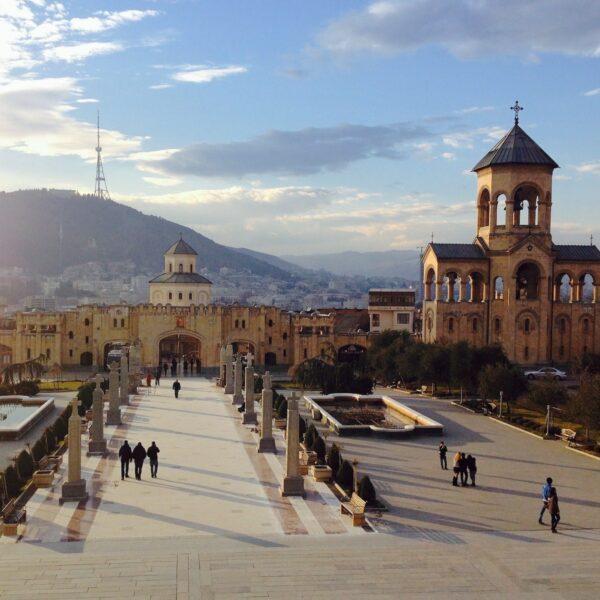 Tbilisi: Ontdek de charmante hoofdstad van Georgië