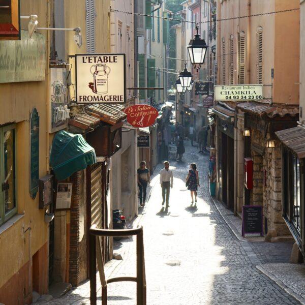 Vakantie aan de Côte d'Azur: weg van de clichés aan de Franse Rivièra